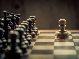 Regulile șahului – Mutarea Pionilor