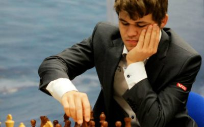 Carlsen păstrează speranțele sale în viață după ce se agață de o nouă remiză în jocul numărul 9 pentru titlul de Campion Mondial